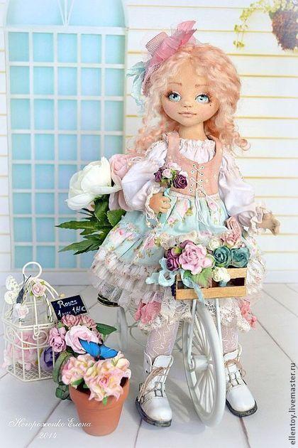 Вивьен, текстильная кукла - бледно-розовый,кремовый,цвет пыльной розы