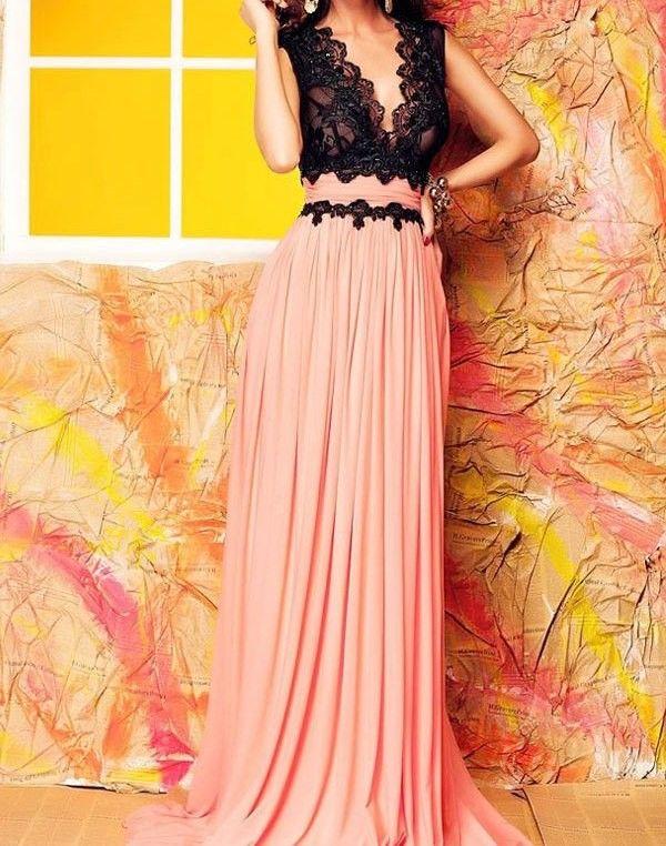 Comparte y gana un descuento Vestido Largo Rosa y Negro
