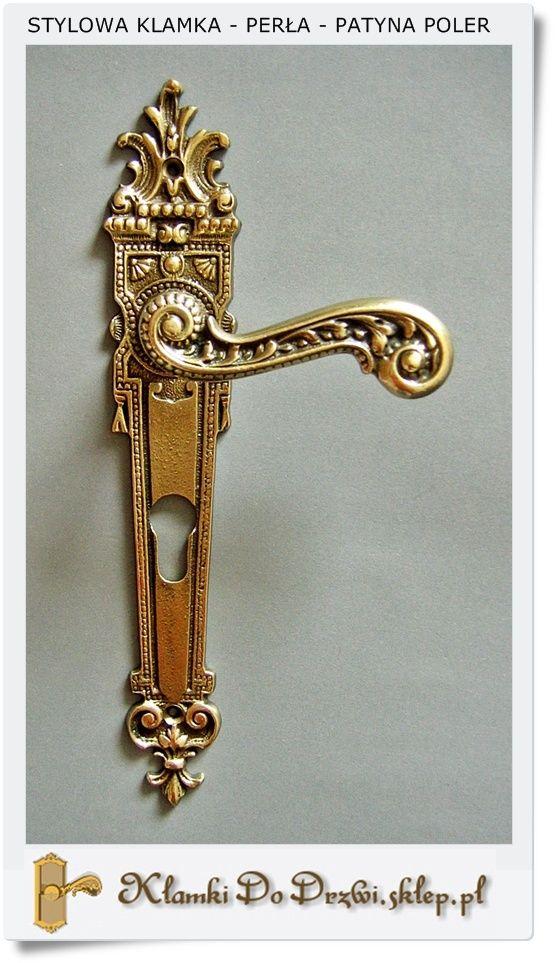 Klamki do drzwi pokojowych z ładnym szyldem (Patyna- Poler)