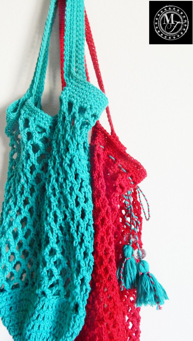 MY FAV! Crochet Market Bag. I struggle with making the handles, but these bags are GREAT to use. Better than the square shaped style out there