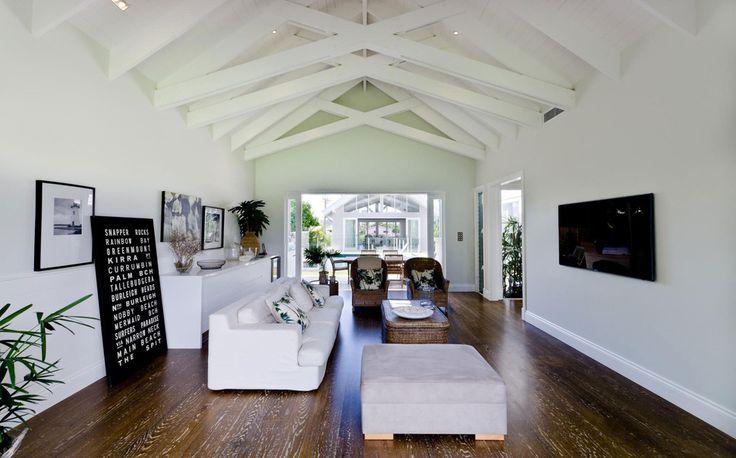 large-spaces-poolside-living-contemporary-seaside-home-17-media-room.jpg