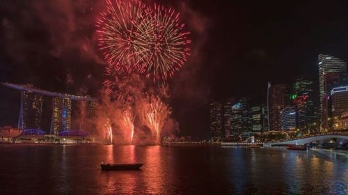 National Day is tomorrow and were so excited! Not only do we get a little mid-week break to celebrate how far our young nation has come were definitely looking forward to shoot the spectacular fireworks!  Watch this incredible video created by Ben Tay (@skylinejuicebox) using the D7500s built-in time-lapse function to achieve this result. Enjoy! P.S. Turn on sound to aid your visual pleasure!  #OneNationTogether #NDP2017 #NDP17 #SG52 via Nikon on Instagram - #photographer #photography #photo…
