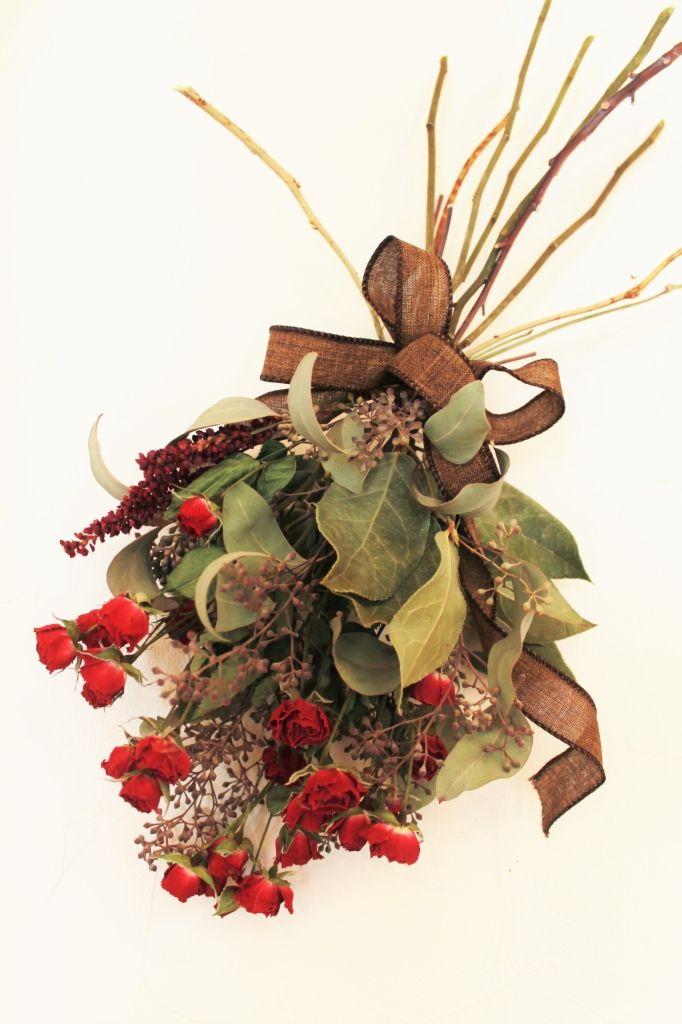 ドライフラワーリース - アトリエRoseMary 薔薇とポポラスベリーのスワッグ