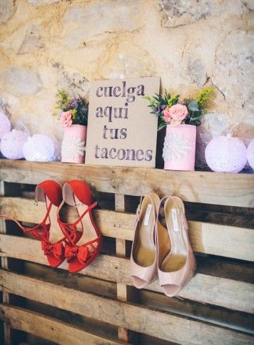 Idea de decoración útil e ideal para las invitadas de la #boda