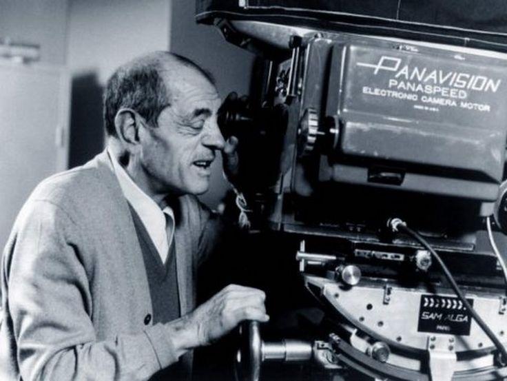 22 de febrero de 1900.- Nace el cineasta español Luis Buñuel, quien obtiene la nacionalidad mexicana en 1949. Se incorpora al movimiento surrealista con... - Armando Rosas - Google+