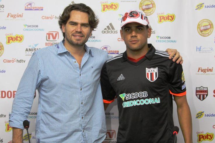 Lateral Daniel Borges é apresentado como reforço no Tricolor