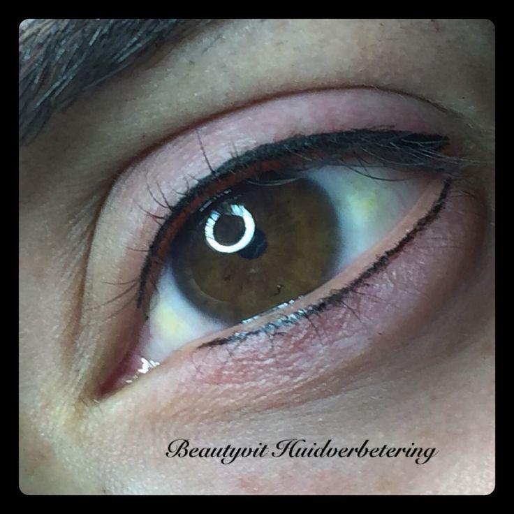 Permanente eyeliner boven en onder. Beautyvit Huidverbetering dreef 10 4812pj Breda 0765223838 info@beautyvit.nl www.beautyvit.nl