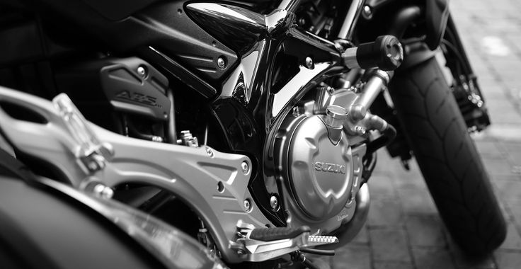 If you or a loved one have experienced a motorcycle accident and need to know your options for a personal injury case, contact Dan Higson today.