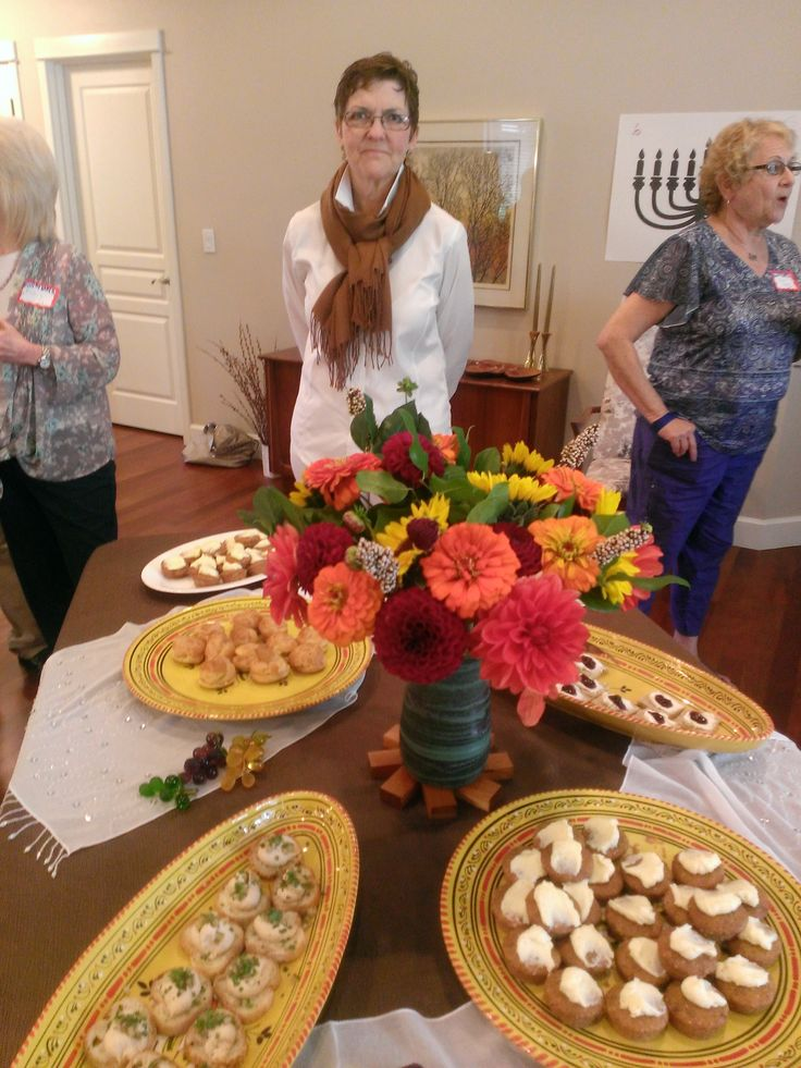 Generosi-Tea (c) - Host & Food Blogger Linda Naylor with her delicious food creations!