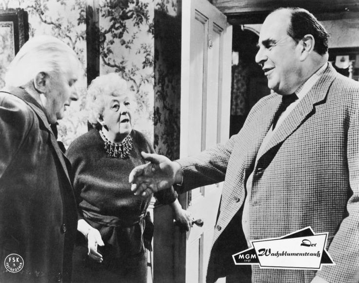 Stringer Davis, Margaret Rutherford and Robert Morley in Murder at the Gallop, 1964