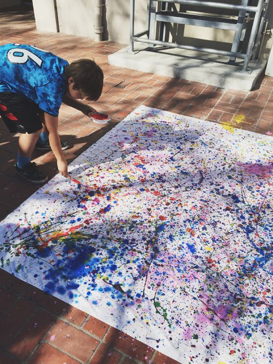 make a collaborative Jackson Pollack artwork