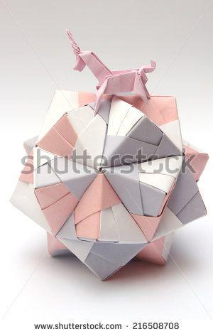 Horses Origami zdjęć stockowych, obrazów i zdjęć | Shutterstock