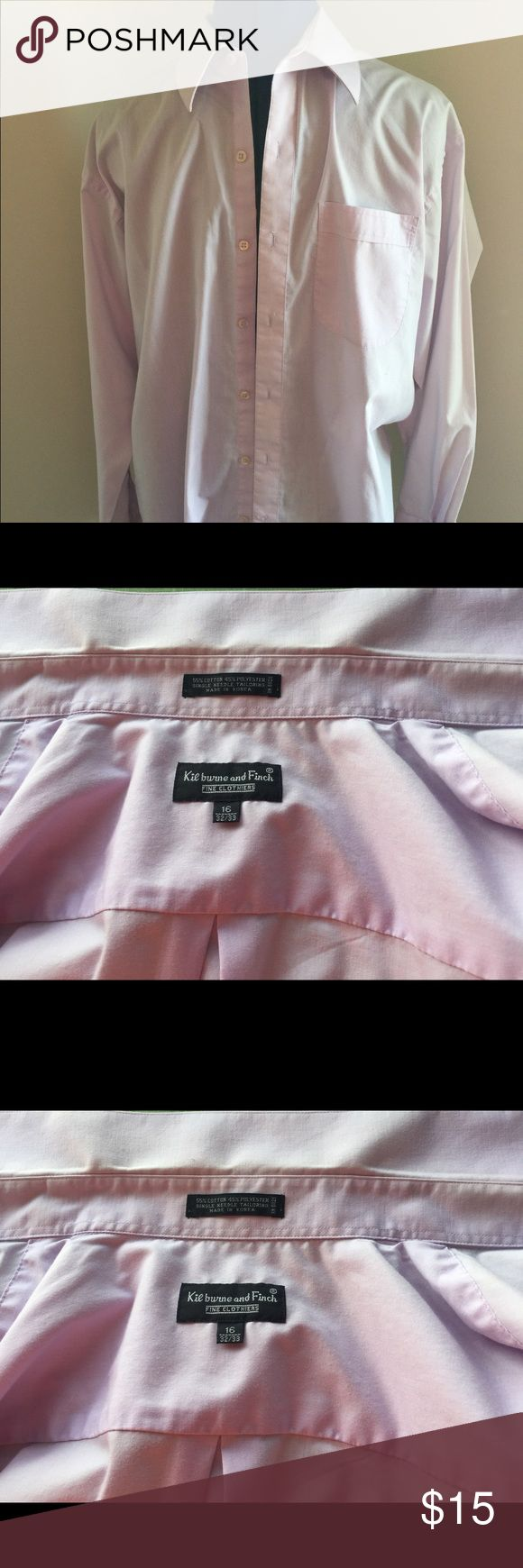 Purple Dress Shirt Kilburne & Finch Fine Clothiers Condition: Preowned Flaws: Light discoloration in collar (see photo) Unique Details: Beautiful color Item Size: 16 32/33 Brand: Killburne & Fince Color: Lilac SMOKE FREE HOME! kilburne and finch Shirts Dress Shirts