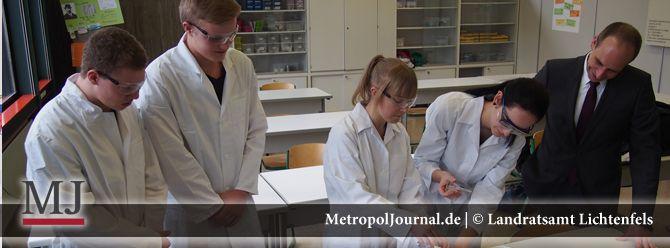 (LIF) Präparationskittel für die weiterführenden Schulen im Landkreis angeschafft - http://metropoljournal.de/?p=8518