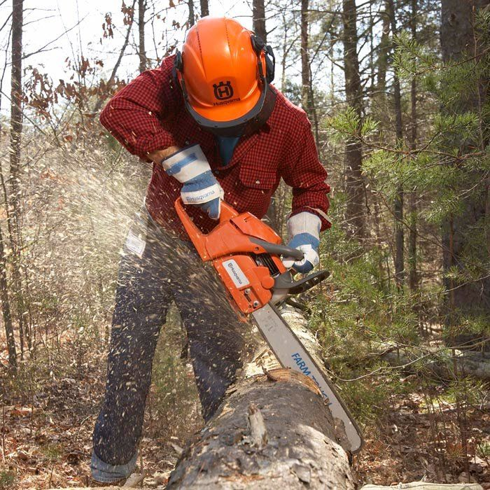 The jobs you need to do and features you want can help you decide which type of chainsaw is best for you. Learn how to choose a chainsaw for your work.