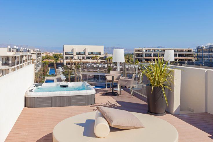 Viva Zafiro - Zafiro Penthouse Suite - Mallorca - Balearic Is. - Family Friendly Holidays