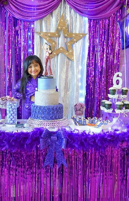 """Ayvah Vega just had the best birthday party of her life — and she's only six years old. According to her parents, Alex and Belinda, the little Texas native has been a huge Selena Quintanilla fan since the first time she saw the """"Queen of Tejano"""" perform in aYouTube video. That's why for her sixth birthday party her parents went all out, dropping at least $500 on her Bidi Bidi Birthday Bash."""
