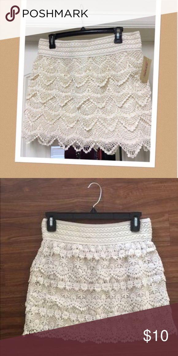 American Tag cream lace skirt Bohemian yet feminine American Rag Skirts Mini