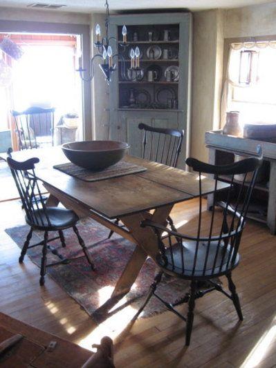 primitive dining room sets   226 best images about Primitive dining rooms on Pinterest