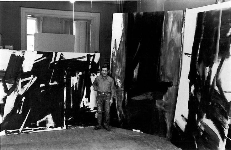 Franz Kline in studio. 1954. Fritz Goro photo