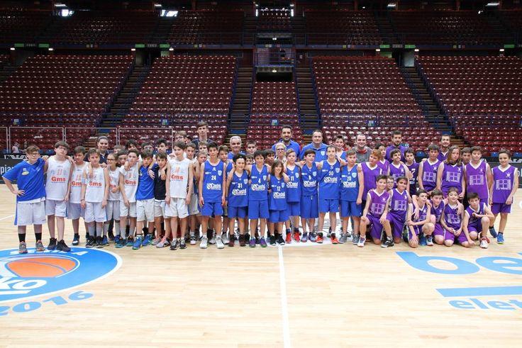 #Castel #Basket  #Carugate #Esordienti #piccolepromessecrescono #CastelRevolution #sport #passione #sponsoring #Pessano #azione #OneTeamOneDream  #Italia