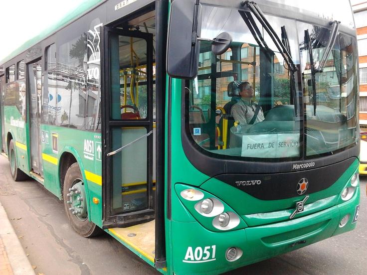 Vehículos en prueba para modernizar el transporte en Bogotá.