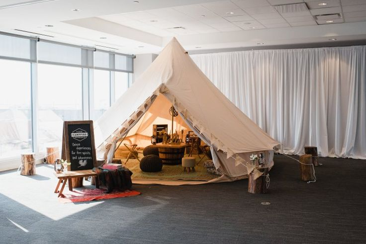 The Knot Cleveland Market Mixer 2017 - Rentals by Event Source, Borrow Vintage and Eclectic Rentals