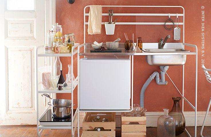 17 beste idee n over vrijstaande keuken op pinterest pantry kast open keukenrekken en open - Mini keuken voor studio ...