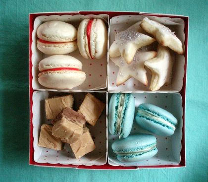 Holiday Cookie Packaging - create compartments in a bakery box with matching square craft boxes