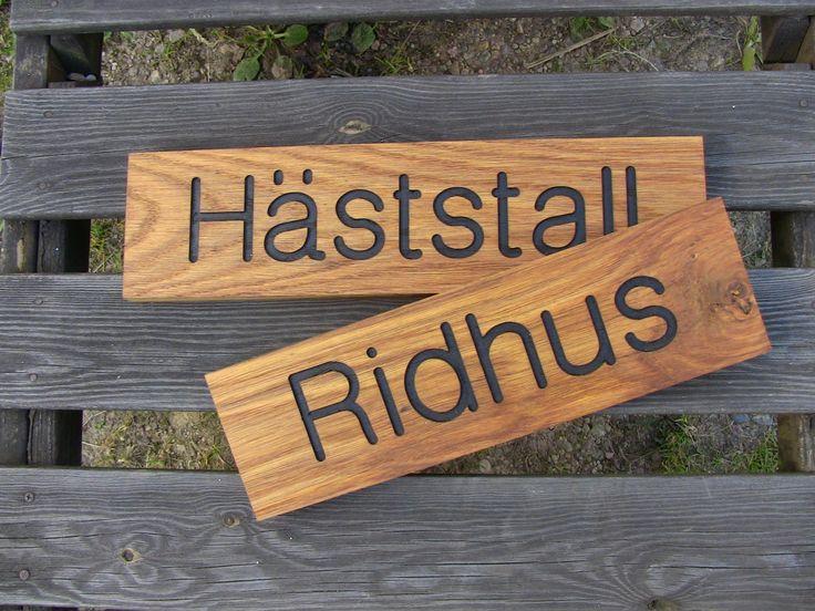 Wood sign oak. (Träskylt ek)  hastohem.se