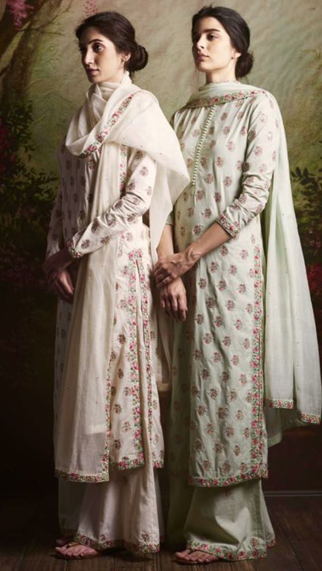 #Sabyasachi outfit  Guest at the Hyderabadi Wedding