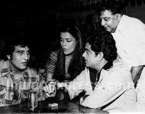 RIP Vinod Khanna: Unseen pictures of the legendary actor