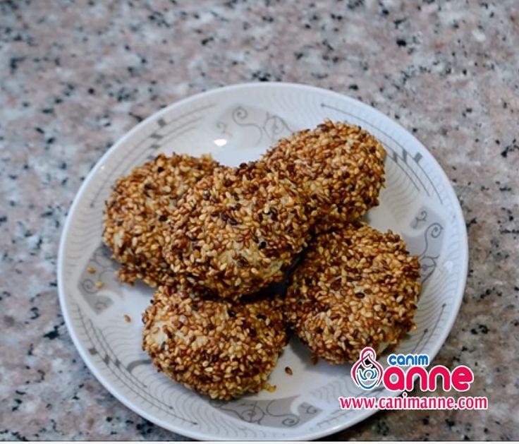 Tuzlu Kurabiye Tarifi - Ev Yapımı http://www.canimanne.com/kuru-pasta.html 180 dercelik fırıdna 15 dakika pişiriyoruz Check more at http://www.canimanne.com/kuru-pasta.html