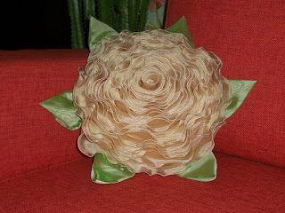 Tina's handicraft : rose pillow tutorial