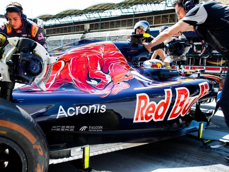 Daniil Kvyat, Carlos Sainz, track action, garage, team, pitlane... enjoy the best shots from our Formula 1 2016 Hungarian Grand Prix. Full Gallery on http://win.gs/2a4n3F2. Wallpaper download section on http://win.gs/str_download. #F1 #tororosso #kvyat #sainz #redbull #HungarianGP