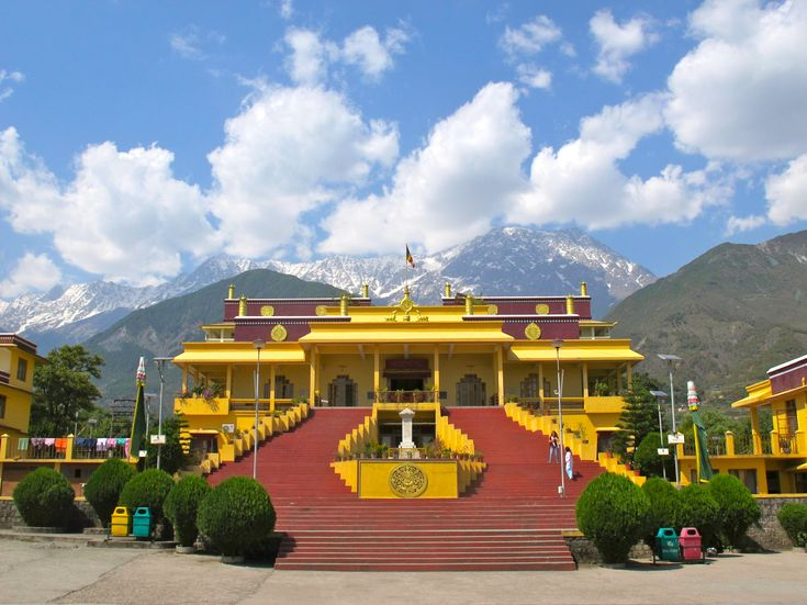 A small and beautiful hill station Dharamshala, is one of the popular tourist place of Himachal Pradesh. This Dharamshala tourism guide with information like places to visit in Dharamshala, nearby attractions, how to reach,...