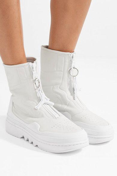 wholesale dealer d459a 646d4 Pin by PsyQue Telguun on everyday fashion in 2019  Pinterest  Air  jordans, Jordans and Nike sandals