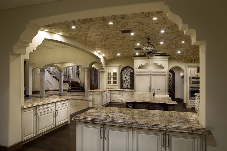 kitchen countertops and cabinets 17 best ideas about colonial kitchen on 4318