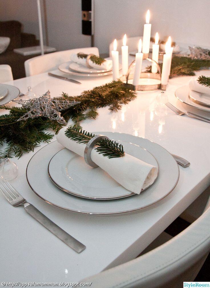 julpynt,jul,dukningar,dukning,granris,luciakrona,juldukning