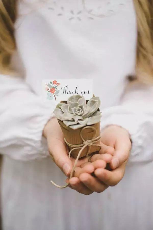 Lembrancinhas-de-casamento-com-suculentas (23)