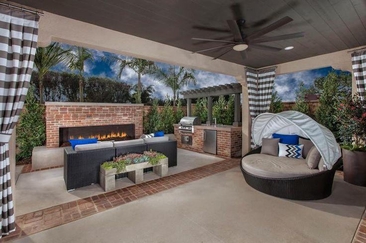 Tripointe Fairwind Huntington Beach  Residence 3 - California Room