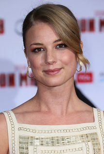 "Emily VanCamp Born: Emily Irene VanCamp May 12, 1986 in Port Perry, Ontario, Canada Alternate Names: Emily Van Camp | Emily Vancamp Height: 5' 8"" (1.73 m)"