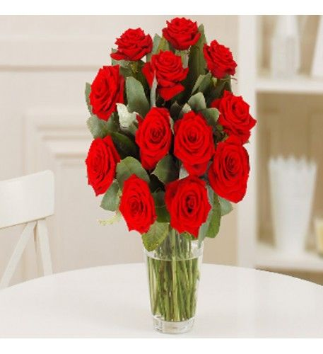 A bouquet of a dozen red roses is the iconic symbol of love and adoration – both the colour and the number of flowers express extravagance and such a bouquet is a joy and delight to receive.