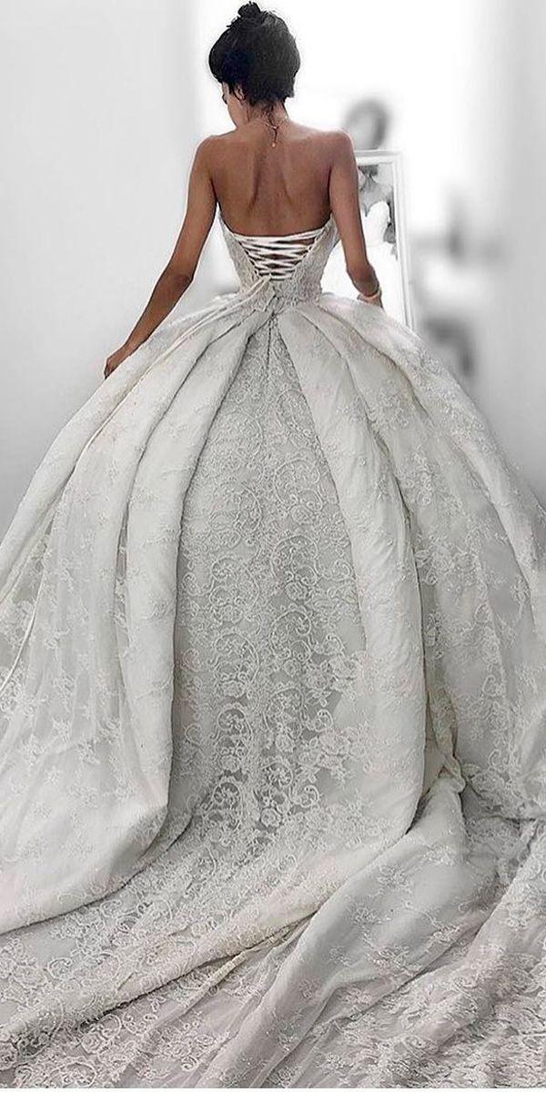 Best 25 fitted wedding dresses ideas on pinterest for Ryan and walter wedding dress prices
