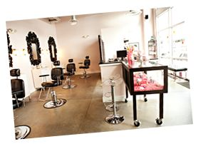 Brow Betty is SW Portland's premier eyebrow and waxing bar! They specialize in making you even more fabulous with  waxing, tweezing and trimming techniques.