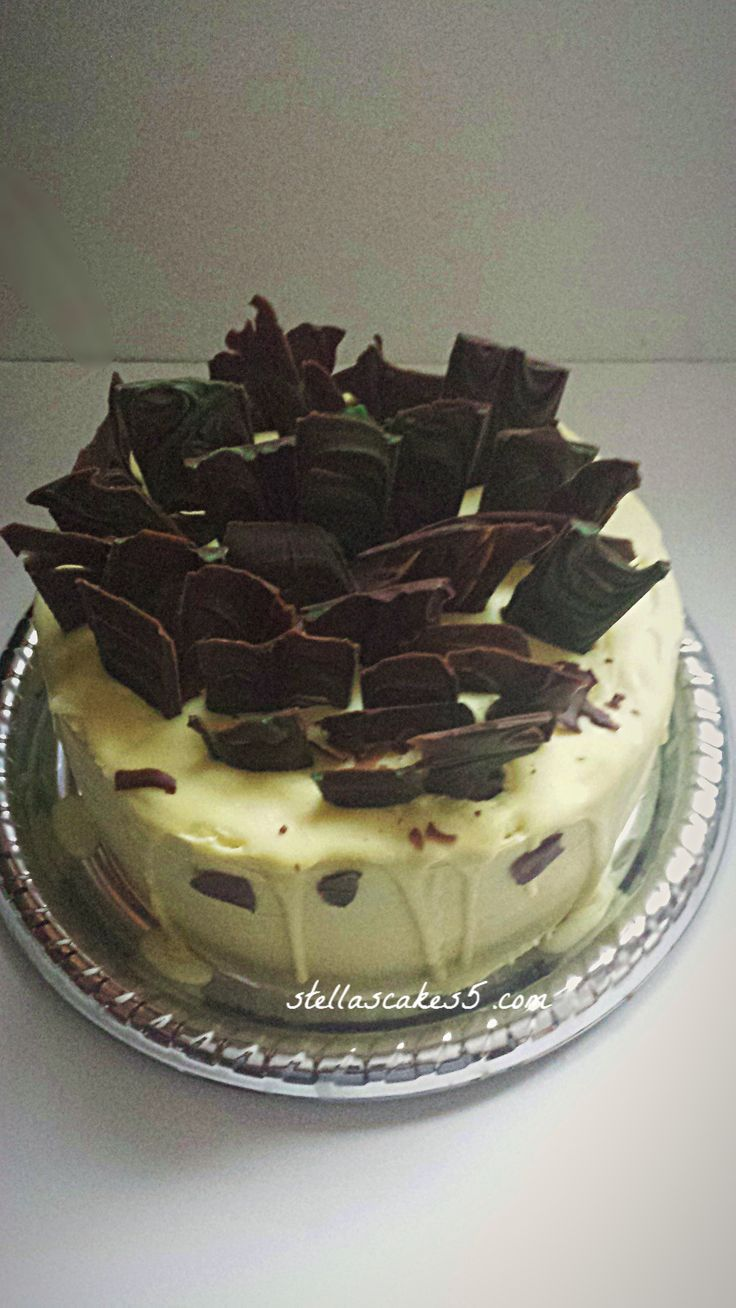 Red  Velvet Cheesecake with cream cheese and chocolate