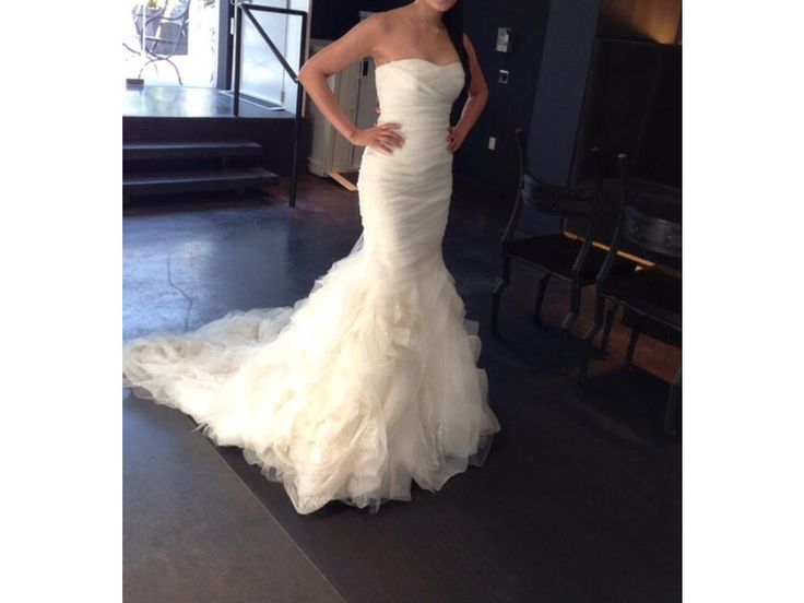 used by dress vera wang wedding