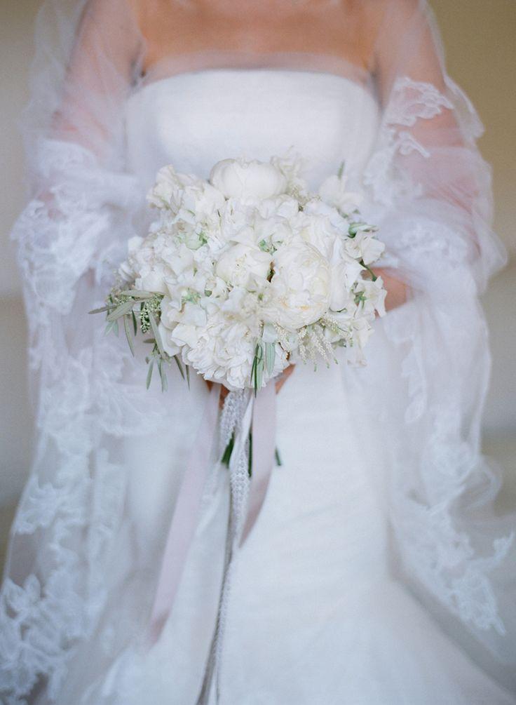 Julie Song Ink - Curtis Stone & Lindsay Price Wedding - Bouquet.jpg