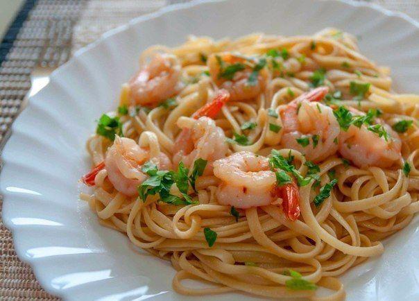 Спагетти с креветочно-чесночным соусом