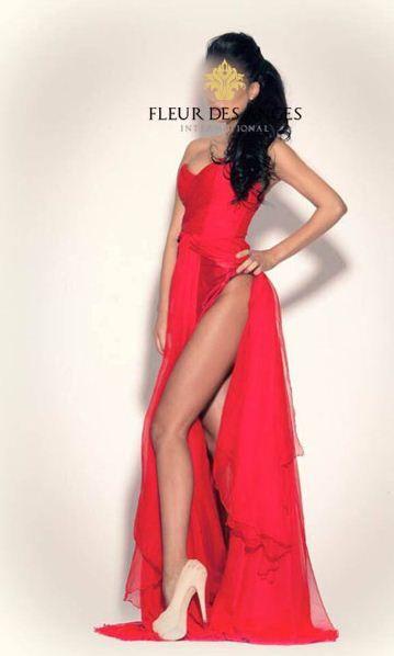 #Escort London Maria looks like one of the Bond girls. http://www.fleurdesanges.com/model/escort-escort-london/